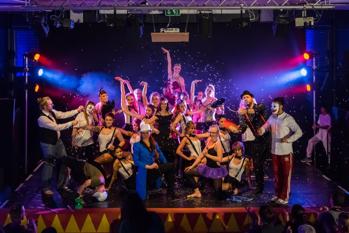 Dance-Circus-348-13.-März-2016